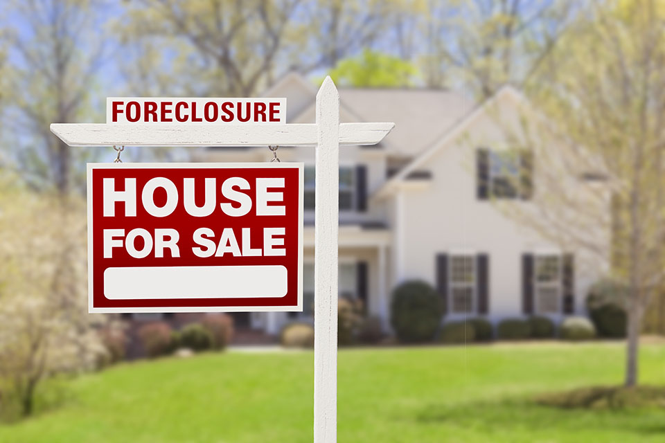 Selling Real Estate In Foreclosure-Driven Markets